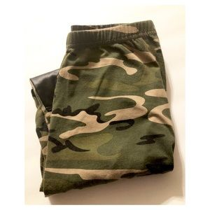 Pants - Camouflage Faux Leather Leggings